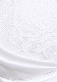 Ann Summers - THE BLOSSOM PLUNGE - Underwired bra - white - 2