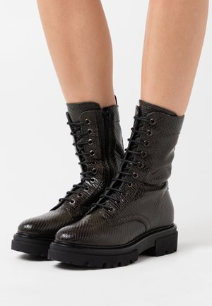 UNDER - Platform ankle boots - khaki
