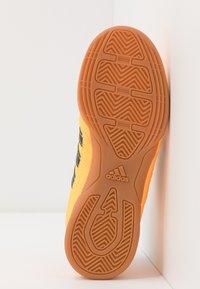 adidas Performance - SUPER SALA - Indoor football boots - solar gold/collegiate navy/glow grey - 5