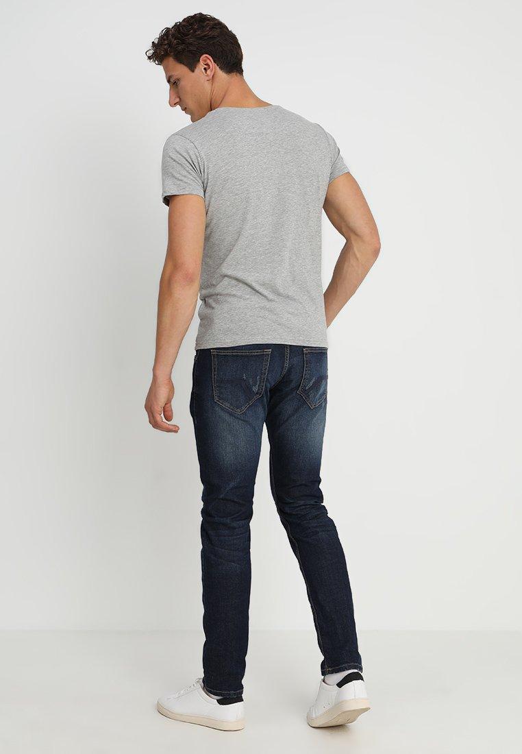 Nike Sportswear BBALL PHOTO TEE - T-shirt med print - white/vit - Herrkläder 5DfVu