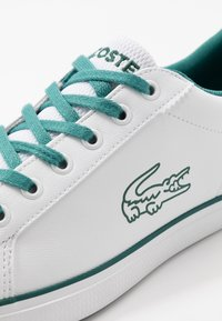 Lacoste - LEROND - Tenisky - white/green - 2