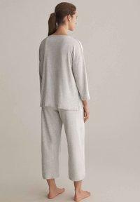 OYSHO - Pyjama top - light grey - 2