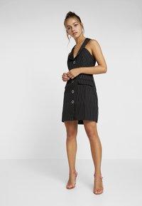 4th & Reckless Petite - MINI DRESS - Shirt dress - black - 1