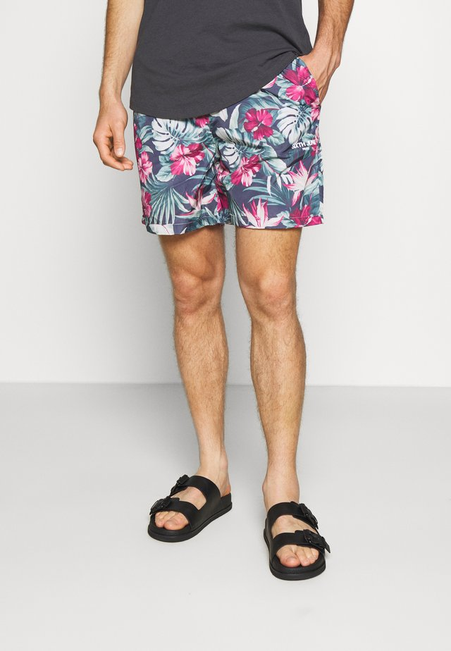 JUNGLE - Shorts - green