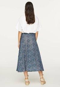 OYSHO - LILAC FLORAL SARONG SKIRT - A-line skirt - dark blue - 1