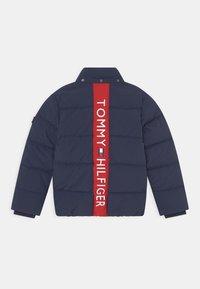 Tommy Hilfiger - ESSENTIAL PADDED - Winter jacket - blue - 2