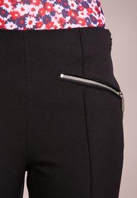 MICHAEL Michael Kors - HUTTON PANT - Kalhoty - black - 4