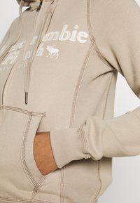 Abercrombie & Fitch - LONG LIFE FULL ZIP - Zip-up hoodie - cobblestone - 5