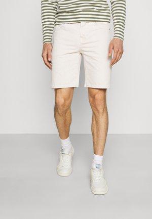 SLHSTRAIGHT SCOTT - Denim shorts - egret