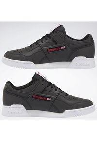 Reebok Classic - WORKOUT PLUS SHOES - Trainers - black - 1