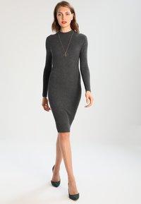 Zalando Essentials - Shift dress - dark grey mélange - 2