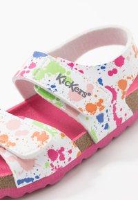 Kickers - SUMMERKRO - Sandals - blanc/multicolor - 5