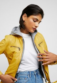 Gipsy - NOHLA - Leather jacket - yellow - 5