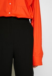 3.1 Phillip Lim - TROUSERS BELTED CUFF - Kalhoty - black - 6
