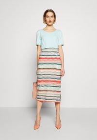RIANI - MASCHENWARE - Pouzdrová sukně - multicolour - 1