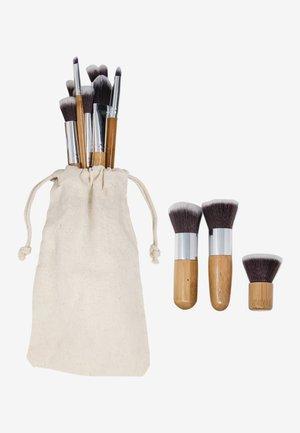 11 PIECE BAMBOO ECO MAKE-UP BRUSH SET - Makeup brush - bamboo