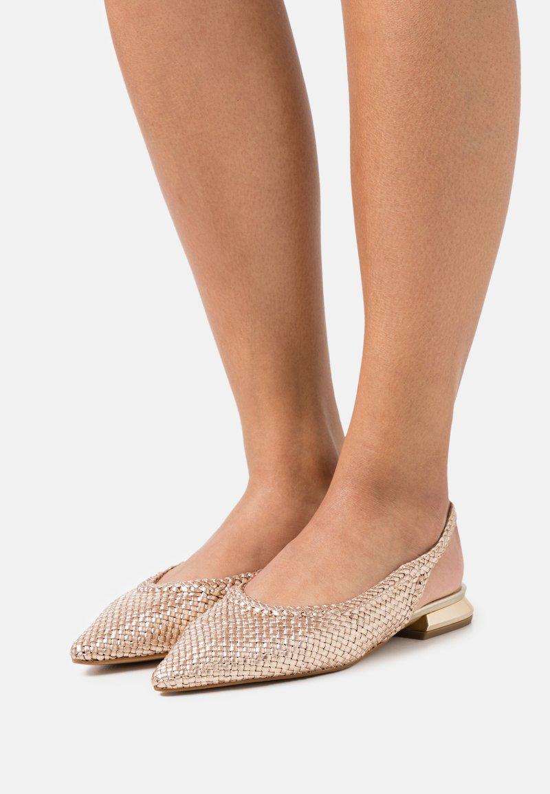 Tosca Blu - GEMMA - Ballerinaskor med slingback - cipria