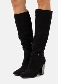 Guess - LABONI - Boots med høye hæler - black - 0