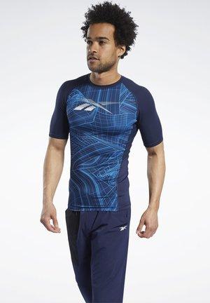COMPRESSION PRINTED - Print T-shirt - blue