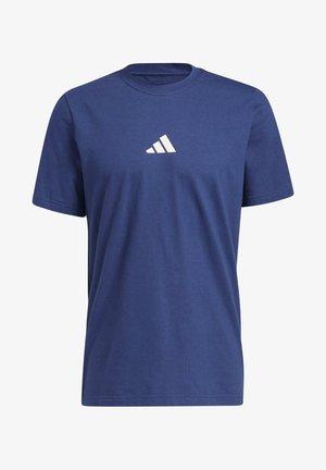 ADIDAS GEO SHORT SLEEVE GRAPHIC T-SHIRT - Print T-shirt - blue