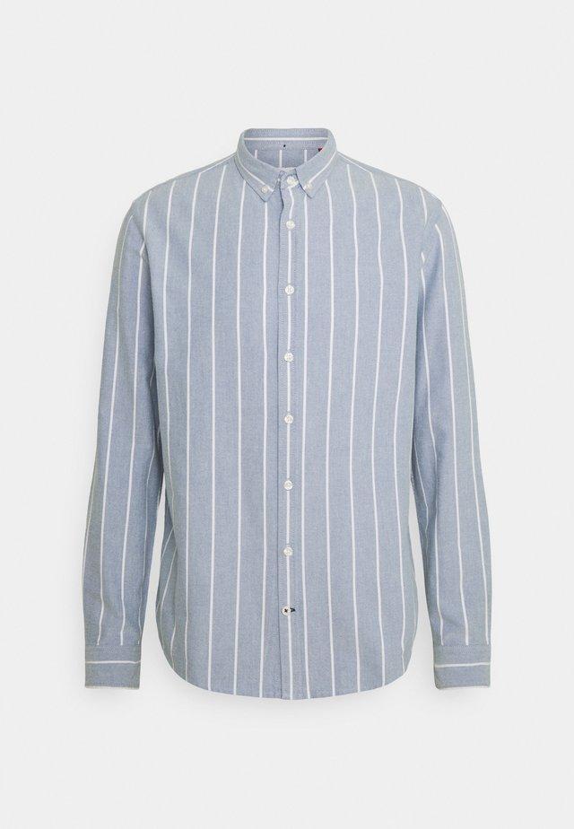 JOHAN OXFORD STRIPE - Skjorter - light blue