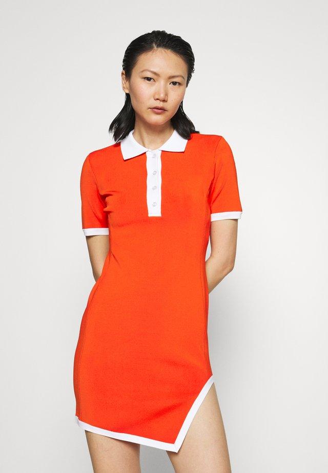 ASSYMETRIC HEM POLO MINI DRESS - Vestito di maglina - red/white