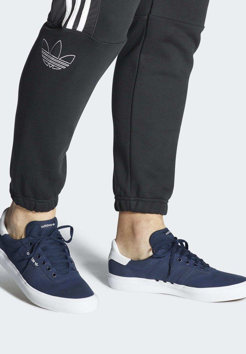 adidas Originals - 3MC SHOES - Sneakers laag - blue