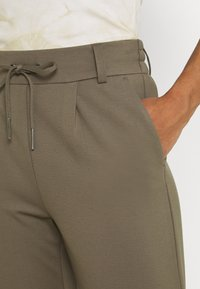 ONLY - POPTRASH EASY COLOUR PANT - Trousers - bungee cord - 4