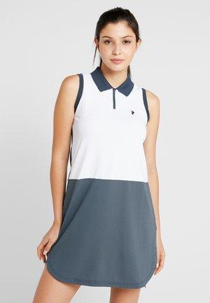 Sportovní šaty - white