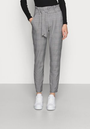 VMEVA PAPERBAG CHECK PANT - Trousers - grey/white