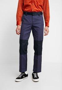 Dickies - EZEL - Spodnie materiałowe - navy blue - 0