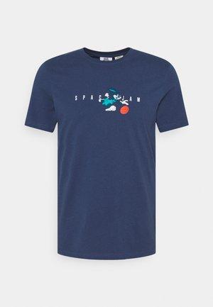 CALLUM TEE UNISEX - T-shirt imprimé - dark denim