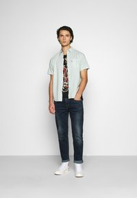 Levi's® - SUNSET STANDARD - Shirt - greys - 1