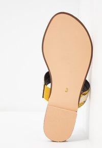 River Island Wide Fit - Sandály s odděleným palcem - yellow - 6