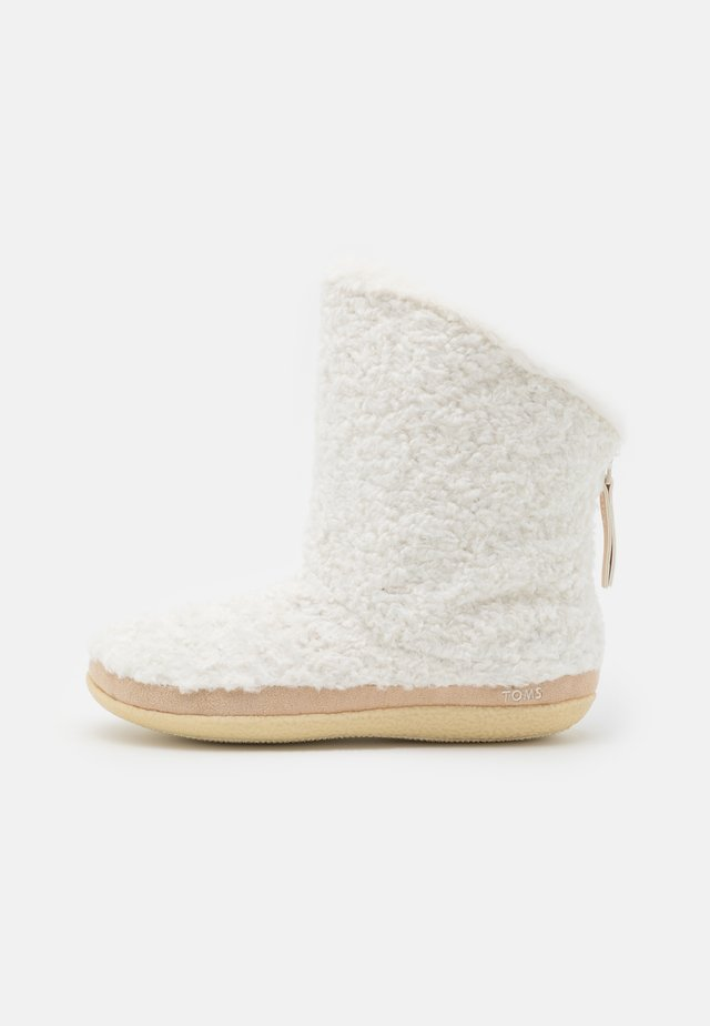 INEZ - Classic ankle boots - natural