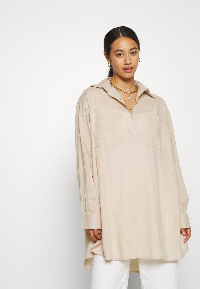 OVERSIZE SUMMER - Button-down blouse - beige