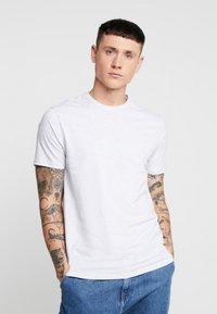 Topman - 7 PACK - Basic T-shirt - grey/white/ red - 5