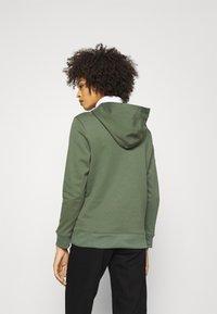 GAP - NOVELTY - Sweatshirt - cool olive - 2