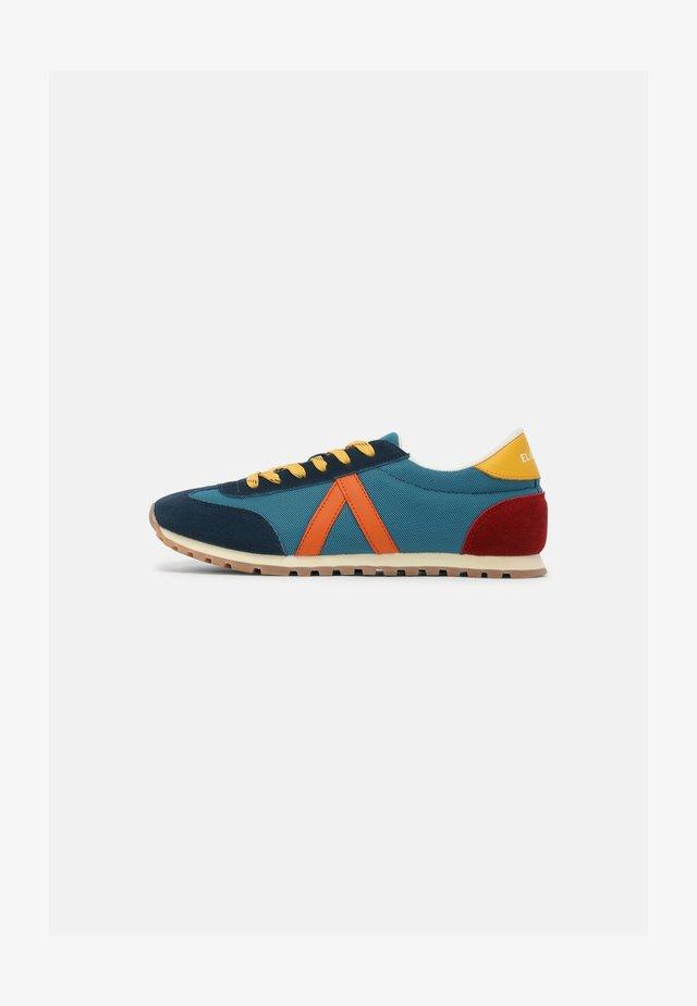 RUNNING UNISEX - Sneakers laag - azul