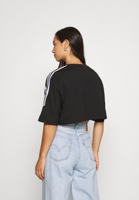 adidas Originals - CROPPED TEE - T-shirt imprimé - black - 2