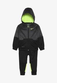 Nike Sportswear - BABY SET - Tracksuit - black/volt - 5