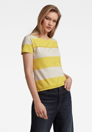 SLIM FIT - Print T-shirt - whitebait/bright yellow cab rugby