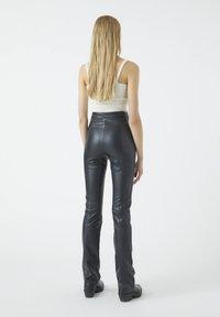 PULL&BEAR - Trousers - black - 2