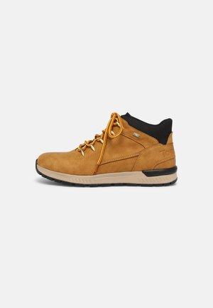 Sneakers hoog - camel