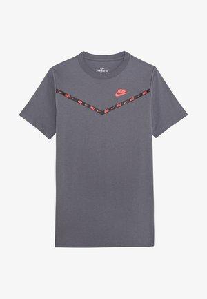TEE CHEVRON - Print T-shirt - dark grey