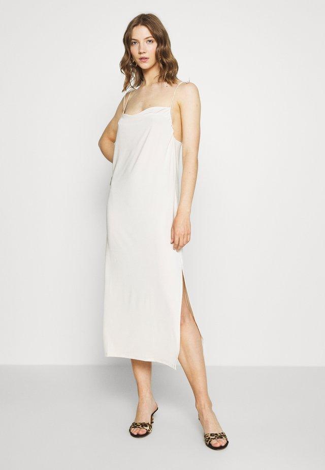 TIE SHOULDER DRESS - Jerseykleid - champagne