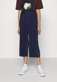 Cotton On - POPPY PLEATED CULOTTE - Trousers - navy blue - 0