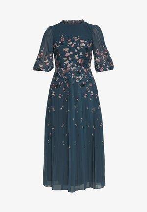 MIDAXI PRINTED PLEATED - Sukienka letnia - multi