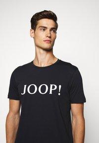 JOOP! - ALERIO - Triko spotiskem - dark blue - 4