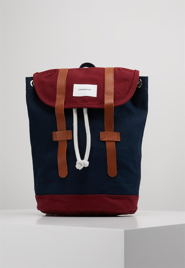STIG SMALL - Batoh - blue/burgundy
